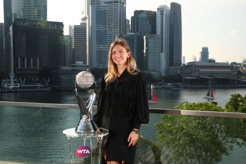 CHRIS EVERT WTA WORLD NO.1 TROPHY 9