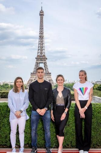 Simona in Paris (Hublot meeting) 4